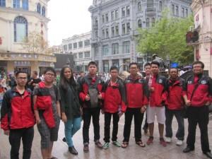 HIT students with BLCI at Zhong Yang Dajie